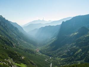 Widok na Dolinę Roztoki