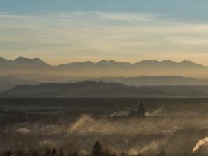 Panorama Tatr ze stolicy podhala