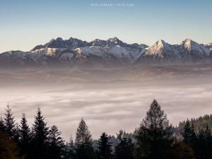 Panorama Tatr z Przełęczy Szopczańskiej