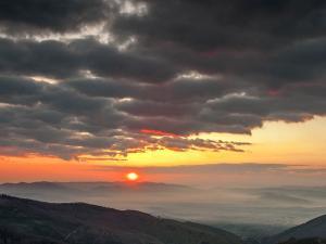 Wschód słońca z Malinowskiej Skały (1.05.2016)