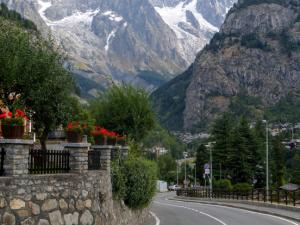Masyw Mont Blanc z Courmayeur