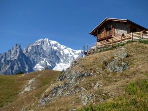 Schronisko G.Bertone i Mont Blanc