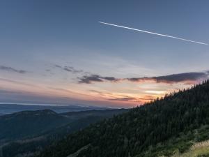Wschód słońca w rejonie Przełęczy Między Kopami