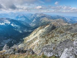 Świnica – Widok na Dolinę Cichą, Kasprowy Wierch, Giewont, Czerwone Wierchy