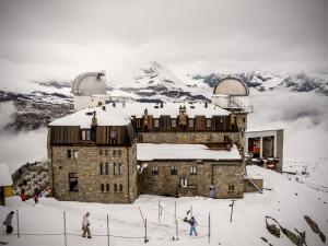 Hotel i obserwatorium na Gornergrat (3130 m n.p.m.).