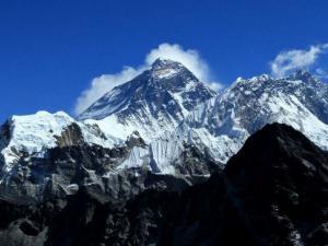 Mt.Everest (8848m), Lhotse (8516m), Makalu (8463m)
