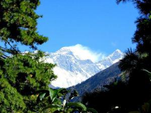 Pierwszy widok na Mt. Everest.Droga do Namche Bazar