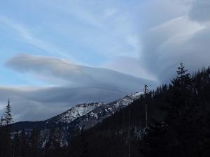 Tańcowały chmury na nieboskłonie