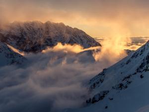 Luty - Zachód słońca z przełęczy Krzyżne