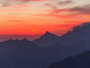 Maj - Wschód słońca z Szpiglasowego Wierchu