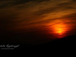 Zachód słońca na hali przy Bacówce nad Wierchomlą
