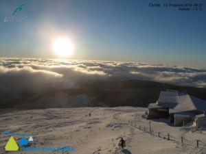 Czeskie Karkonosze widziane ze Śnieżki