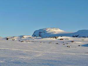 Søre Kongsnuten oraz Blåisen, najbliższy jęzor lodowca.