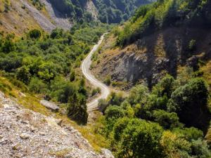 Zejście z bazy Strezimir do Trnicy.