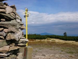 Szczyt Pilska - widok na Babią Górę