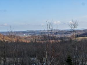 Widok na Przecznicę z przełęczy pod Stożkiem
