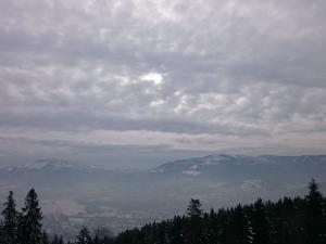 Widok na Skrzyczne i Klimczok