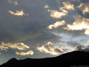 Wieczorne niebo nad Lago di Como.