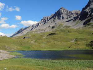 """400 m """"morderczego"""" podjazdu w upale i wieczorem już jestem w uroczej dolinie Valle Alpisella."""