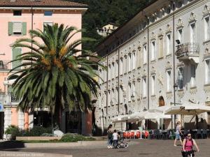 Miasteczko Riva del Garda.