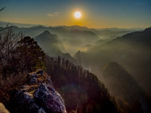 Wschód słońca na Sokolicy