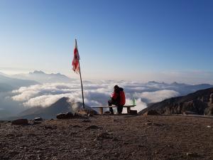Wymarzona ławeczka na odpoczynek po zejściu ze szczytu