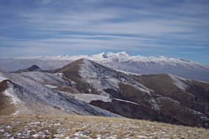 Aragats w śniegu