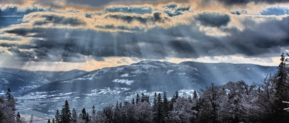 Opromienione góry