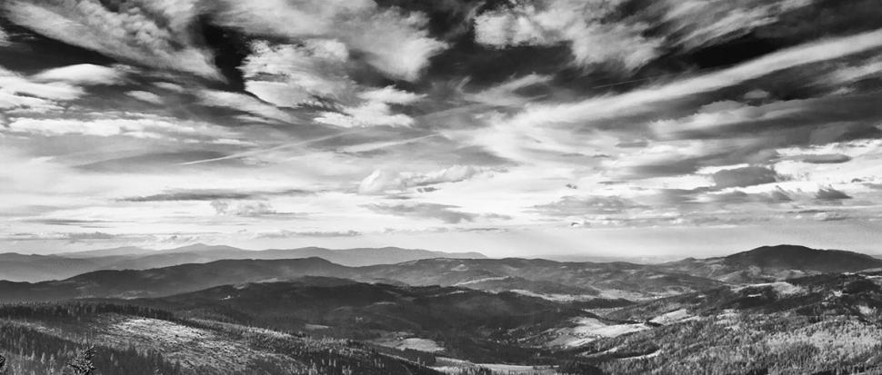 Widok z Baraniej Góry na zachód