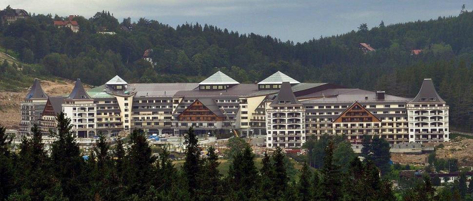 Karpacz, Hotel Gołębiewski