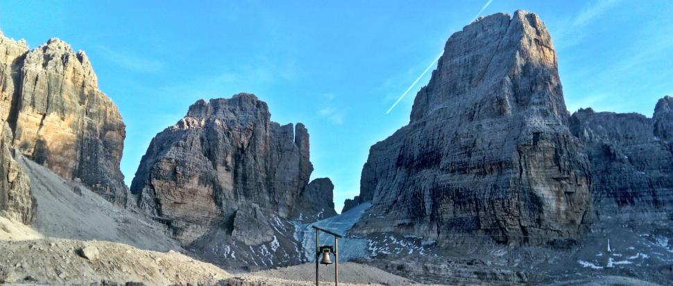 widok spod rifugio Alimonta na Cima Brenta